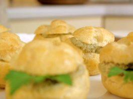 Профитроли закусочные, можно со сладкой начинкой или соленой!